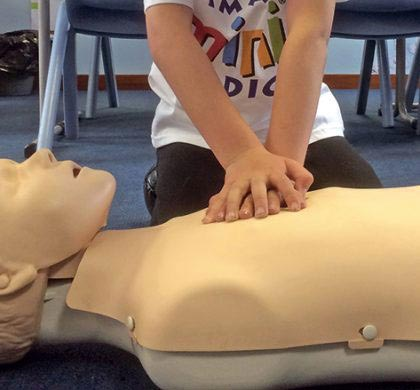 Mini Medics – First Aid and Defibrillation for Children