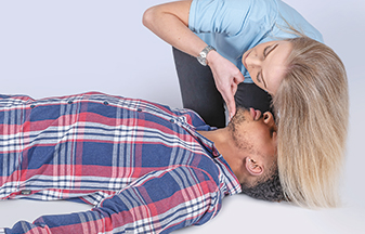 basic first aid resuscitation